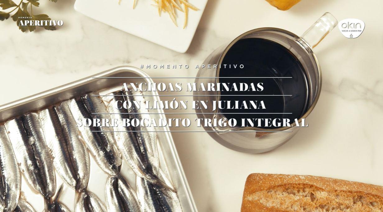 Acciughe marinate con Julienne di limone su Bocadito di grano integrale 51%.